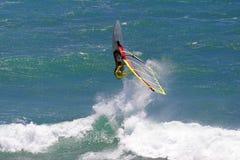 活动风帆冲浪极其的夏威夷 免版税库存图片