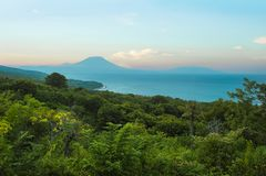 活火山阿贡火山惊人的美好的风景看法在印度尼西亚的巴厘岛日落的在亚洲旅行目的地和S 图库摄影