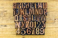 活版编号字母表abc教学 库存照片
