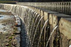 流动的喷泉 免版税库存图片