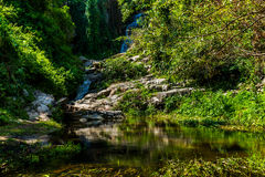 流动的水 免版税库存图片