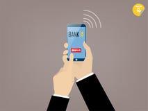 流动银行业务应用商人感人的储蓄按钮的手  免版税图库摄影
