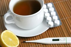 流感茶 免版税库存照片