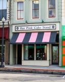 流行粉红蛋糕立场,威明顿,北卡罗来纳 图库摄影