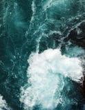 水流量在河 图库摄影