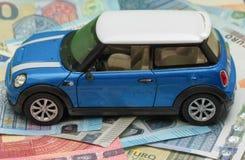 浅兰的微型木桶匠汽车2013年版本 免版税库存图片