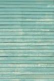 浅兰老破旧的木的墙壁被绘 免版税库存照片