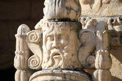 浅浮雕在Jeronimos修道院里 库存图片