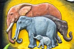 浅浮雕大象的片段 免版税库存图片