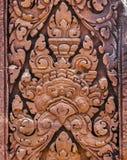 浅浮雕高棉文化在吴哥窟,凸轮雕象背景  库存图片