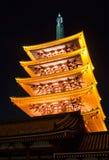 浅草, Senso籍五有排列的塔 免版税库存图片