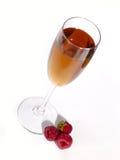 浆果和酒仍然寿命。 免版税库存照片