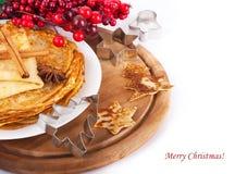 浆果圣诞节薄煎饼 免版税库存照片