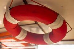 浇灌救援设备或水圆环抢救和Lifebuoy 免版税库存图片