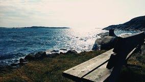 浇灌,波浪,海岸,瑞典,蓝色 免版税库存图片