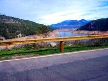 浇灌水坝Tranco水库, Tranco de Beas 图库摄影