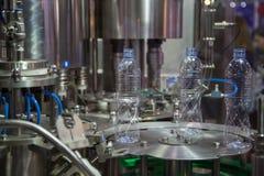 测试水瓶打包机 免版税库存照片