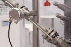 测量流程的榫眼超音波流量计液体和温度传感器 库存图片