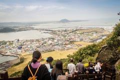 济州海岛,韩国- 2016年11月13日:游人参观了Seo 免版税图库摄影