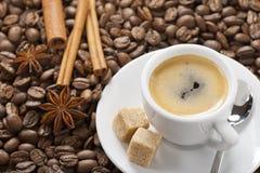 浓咖啡杯子 免版税图库摄影