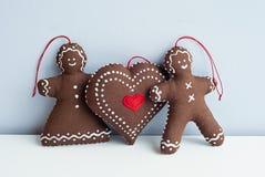 浪漫加上大心脏 软的手工制造玩具 免版税库存照片