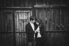 浪漫和愉快的夫妇 库存照片