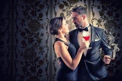 浪漫夫妇 免版税库存照片