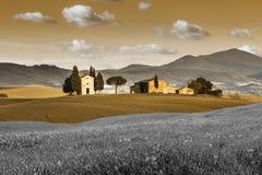 浪漫小教堂VITALETA 田园诗托斯卡纳风景 顶面吸引力在意大利 著名旅行目的地 免版税库存图片