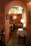 浪漫意大利的餐馆 免版税库存图片
