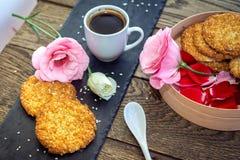 浪漫早餐概念 免版税库存照片