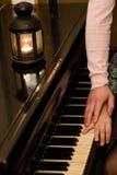 浪漫钢琴 免版税库存照片