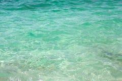 绿浪水是Arutas,撒丁岛 免版税库存图片