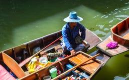 浮动市场在曼谷,泰国 免版税库存照片