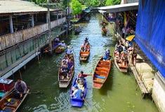 浮动市场在曼谷,泰国 库存图片