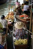 浮动市场, Damnoen Saduak,泰国 免版税库存图片