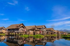 浮动村庄,缅甸的(Burmar) inle湖 免版税库存照片