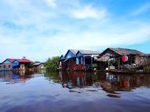 浮动村庄,洞里萨湖,柬埔寨,暹粒 免版税库存照片