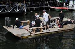浮动的小船 免版税图库摄影