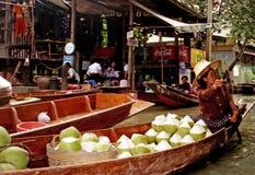 浮动的市场在曼谷-泰国 库存图片