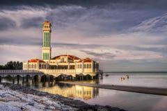浮动的横向清真寺 库存图片