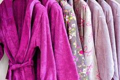 浴巾紫色 库存图片