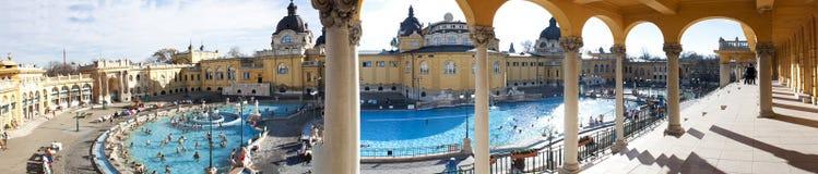 浴布达佩斯温泉上升暖流 免版税库存图片