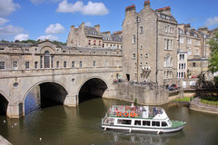 浴桥梁城市英国有历史的pulteney 库存照片