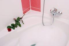 浴缸泡影 免版税库存图片