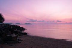 海上普吉岛泰国的早晨 库存图片