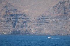 海上的小船航行 免版税图库摄影
