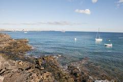海上的小船 免版税库存照片