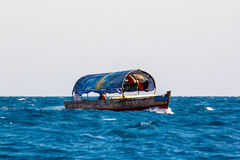 海上的小船 免版税图库摄影