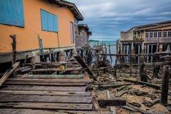 海上的木房子 免版税库存图片