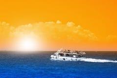 海上的渔船 免版税库存图片